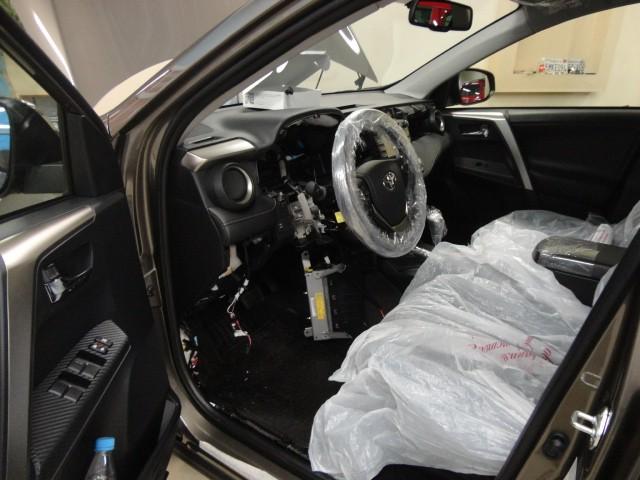 Защита от угона Toyota RAV4